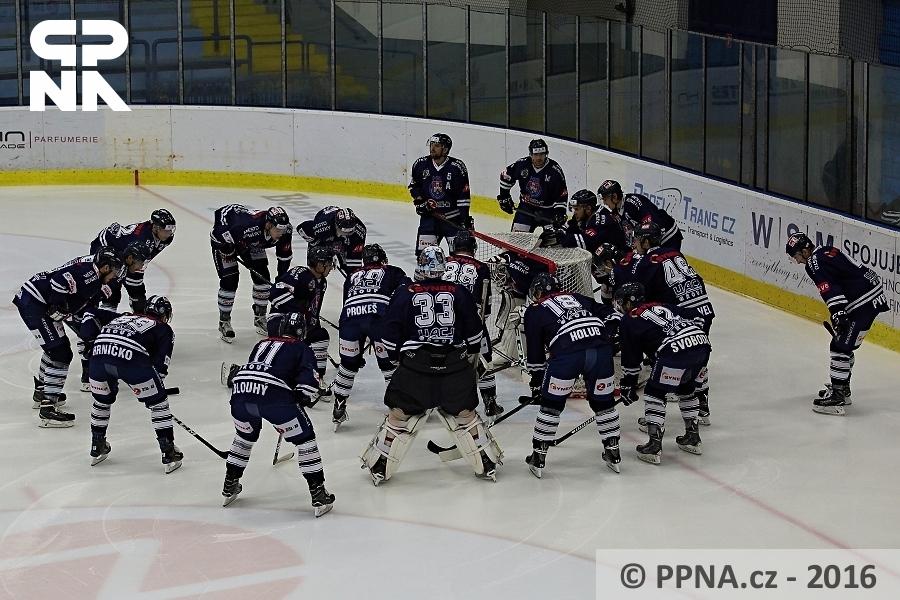 HC Benátky nad Jizerou - HC Stadion Litoměřice / 2:1 pp Benátky nad Jizerou. 16.11. 2016. Autor: Zdeněk Langšádl / PPNA.cz